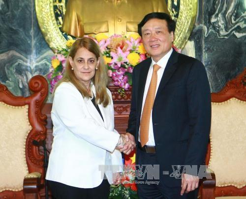 越南最高人民法院院与古巴总检察院进一步加强合作关系 hinh anh 1