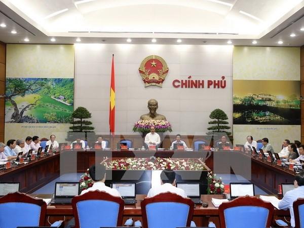 阮春福总理:不让利益集团支配政策 hinh anh 1