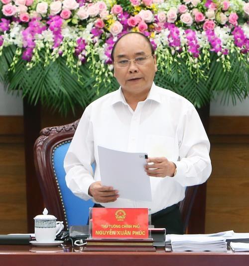 越南政府总理阮春福:努力完成2016年各经济和社会发展目标 hinh anh 1