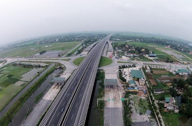 郑廷勇副总理:北部至南部高速公路在促进国家发展起着重要作用 hinh anh 1