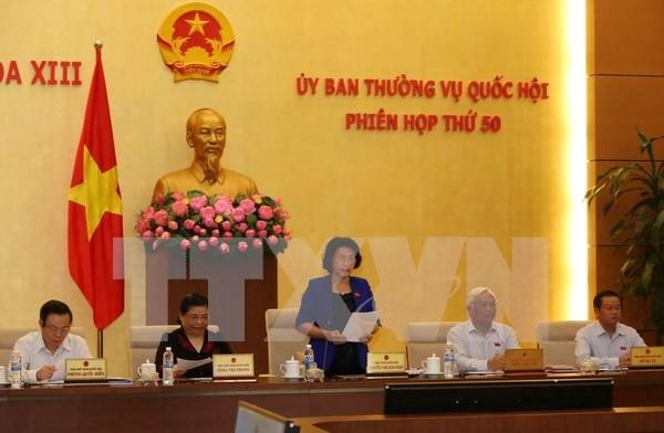 越南国会常委会讨论2017年监督工作 hinh anh 1