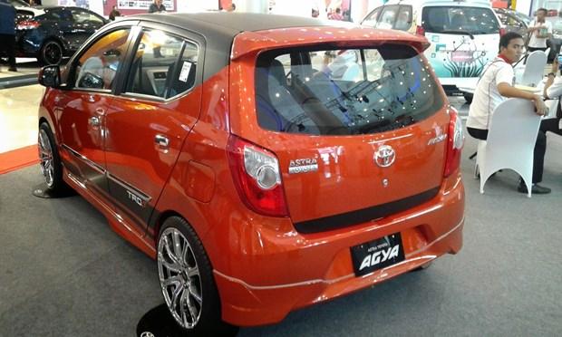 今年6月份越南汽车销售量达逾2.44万辆 hinh anh 1