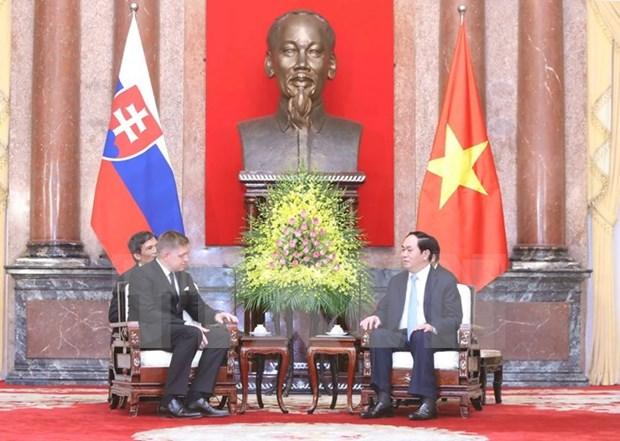 越南国家主席陈大光会见斯洛伐克总理罗伯特·菲乔 hinh anh 1