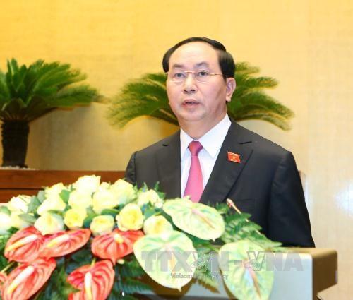 越南第十四届国会第一次会议:深信国家主席将出色完成任务 hinh anh 1