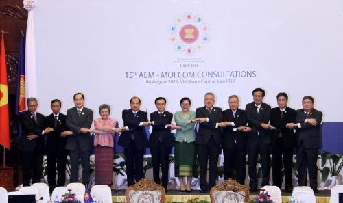 25年来东盟与中国双边贸易额年均增长18.5% hinh anh 1