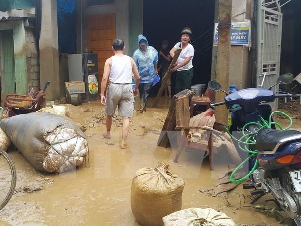老街和莱州遭暴雨洪水 政府总理指导集中力量开展救灾工作 hinh anh 1