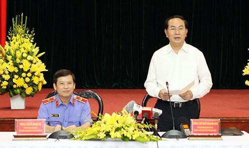越南国家主席陈大光与最高人民检察院领导举行会议 hinh anh 1