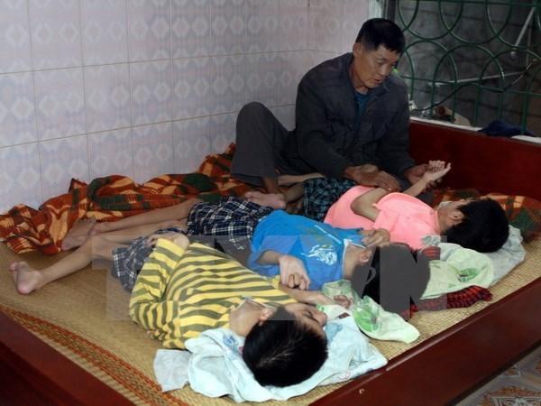 8.10越南橙剂受害者日:努力战胜橙剂之痛 hinh anh 1