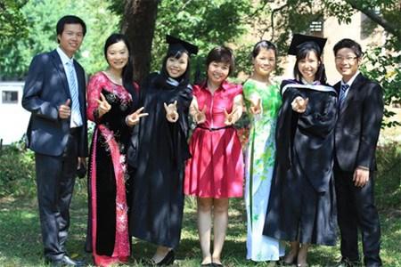 日本为越南公务员颁发人才培养奖学金 hinh anh 1