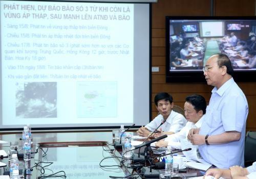 第三号台风逼近越南 政府成员指导部署第三号台风防御工作 hinh anh 1