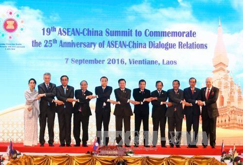 东盟与中国通过海上意外相遇原则 hinh anh 1