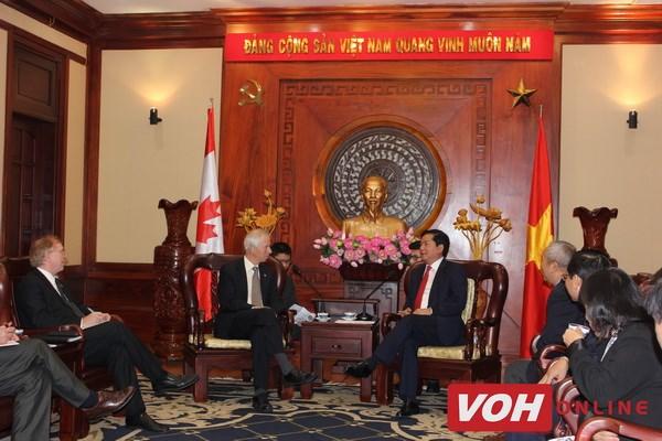 胡志明市希望与加拿大各地加强合作 hinh anh 1