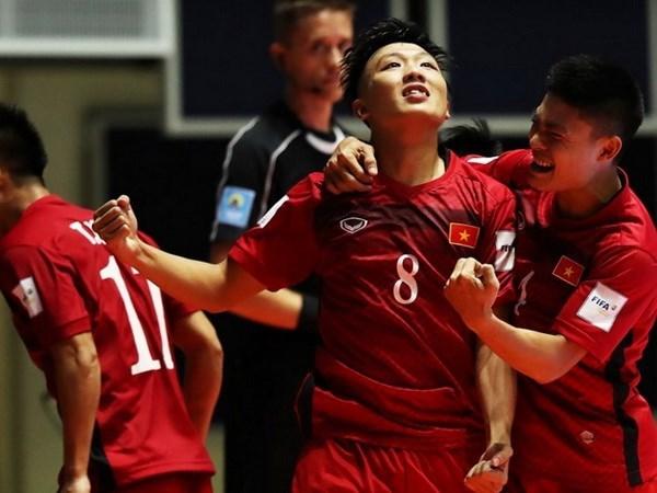 2016年世界五人制足球锦标赛:越南队4-2击败危地马拉队 取得开门红 hinh anh 1
