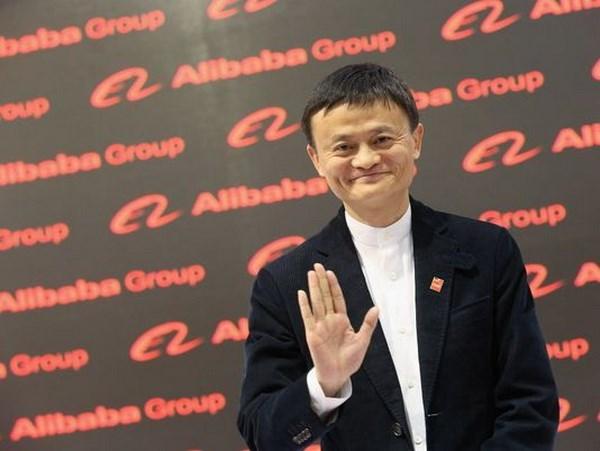 亿万富豪马云受邀为印尼的电子商务委员会提供咨询 hinh anh 1