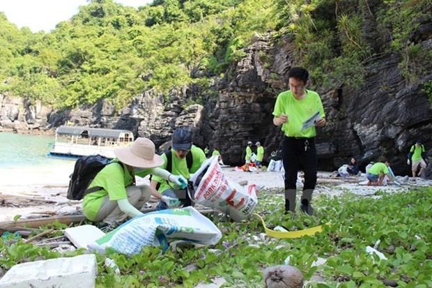 越南副总理王庭惠:推动旅游业结构调整 满足市场需求 hinh anh 1