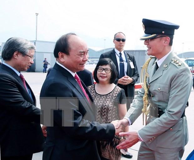 阮春福总理回国圆满结束对中国的正式访问 hinh anh 1