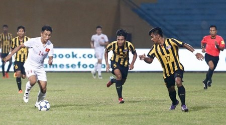 2016年东南亚U19足球锦标赛:越南队晋级半决赛 hinh anh 1