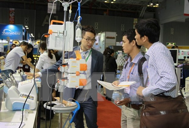 350家企业参加在胡志明市举行的第十一届越南国际医疗展 hinh anh 1