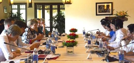 越南国会与丹麦议会加强经验交流分享 提高立法质量 hinh anh 1