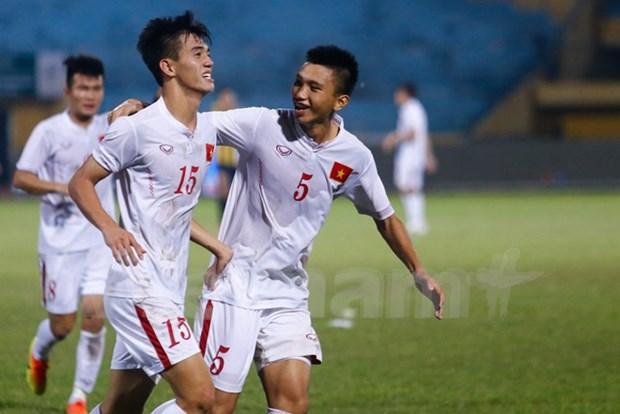 2016年东南亚U19足球锦标赛:越南队闯入半决赛 hinh anh 1