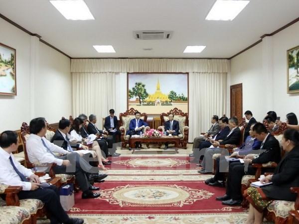 越南工商部与老挝各部门加强合作 hinh anh 1