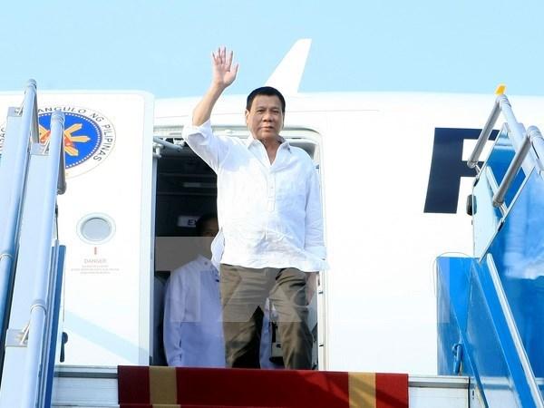 菲律宾总统罗德里戈·杜特尔特圆满结束对越南的正式访问 hinh anh 1