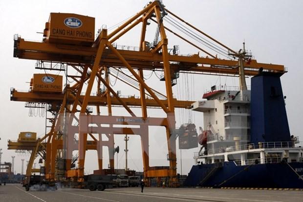 今年前8月越南对中国贸易逆差大幅下降 hinh anh 1