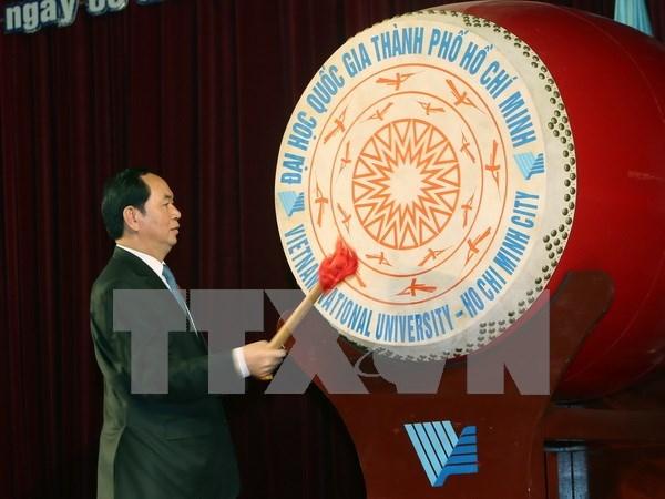 陈大光主席出席胡志明市国家大学2016年新学年开学典礼 hinh anh 1