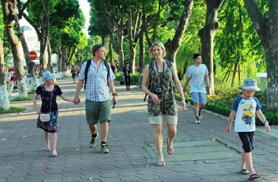 河内和胡志明市跻身全球游客增长最快的20大城市名单 hinh anh 1