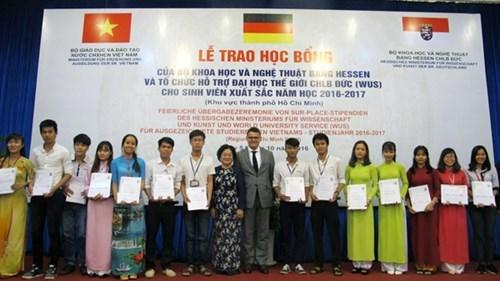 德国向越南大学生发放奖学金 hinh anh 1