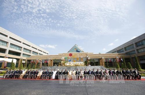 武德儋副总理会见斯里兰卡总统和卡塔尔副总理 hinh anh 1
