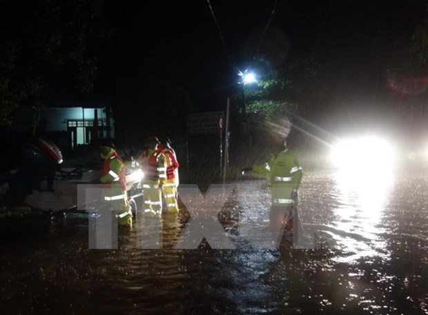 越南广平、广治、河静和乂安四省遭强降雨袭击受灾严重 hinh anh 1
