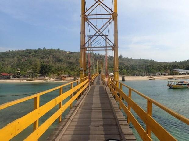 印尼巴厘岛桥垮塌 至少8人死亡34人受伤 hinh anh 1