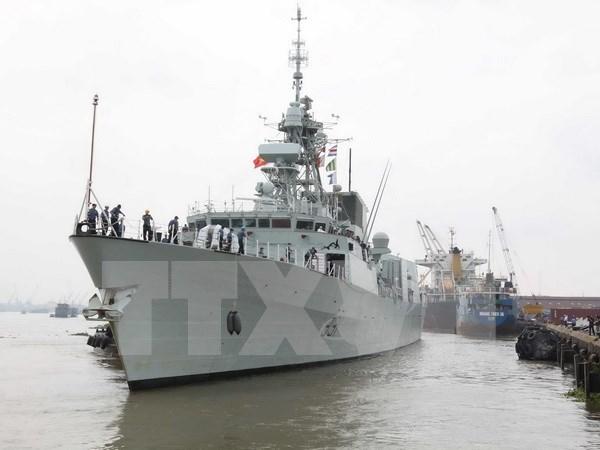 加拿大海军军舰访问胡志明市 hinh anh 1
