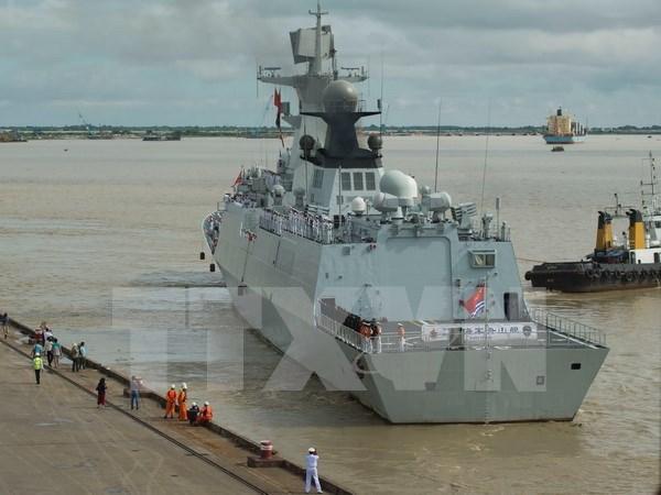 中国海军531编队访问柬埔寨 hinh anh 1