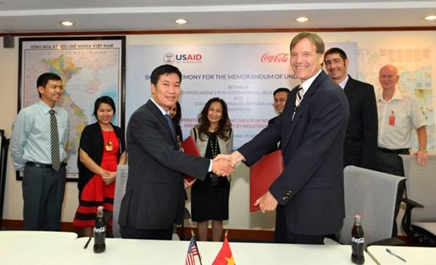 美国国际开发署和越南可口可乐合作提高越南可再生能源利用率 hinh anh 1