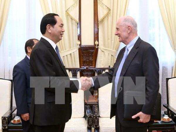 越南国家主席陈大光会见美国布朗大学教授 hinh anh 1