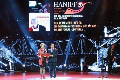 2016年河内国际电影节闭幕 hinh anh 1