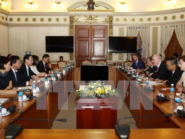 胡志明市与欧盟加强在食品卫生安全领域的合作 hinh anh 1