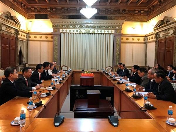 胡志明市与中国广东省加强合作求发展 hinh anh 1