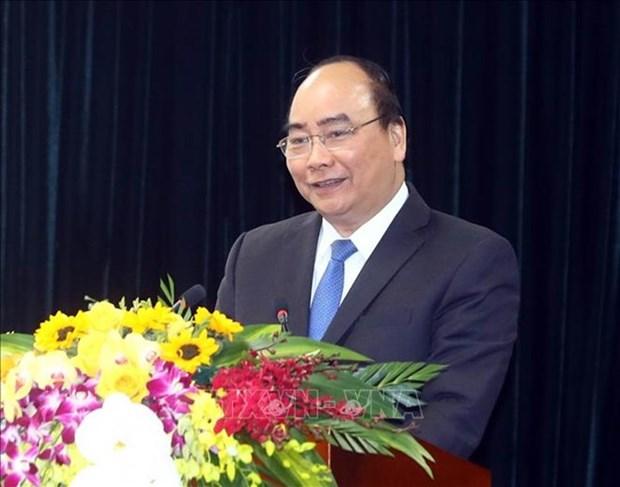 越南政府总理阮春福启程前往瑞士出席世界经济论坛2019年年会 hinh anh 1
