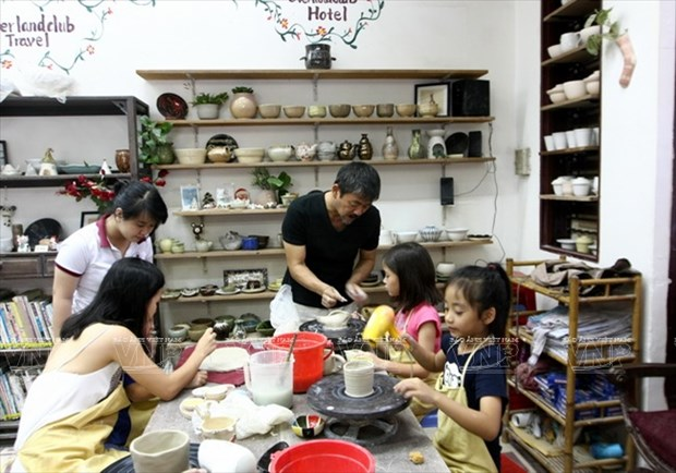 Tomizawa Mamoru情系越南陶瓷 hinh anh 3