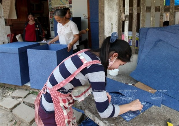 老挝琅勃拉邦的纱纸 hinh anh 15