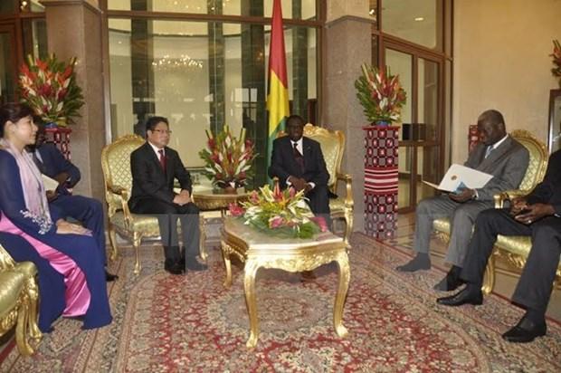 布基纳法索承认越南市场经济地位 hinh anh 1