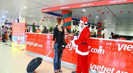 越捷航空公司推出庆祝圣诞节和新年活动 hinh anh 1
