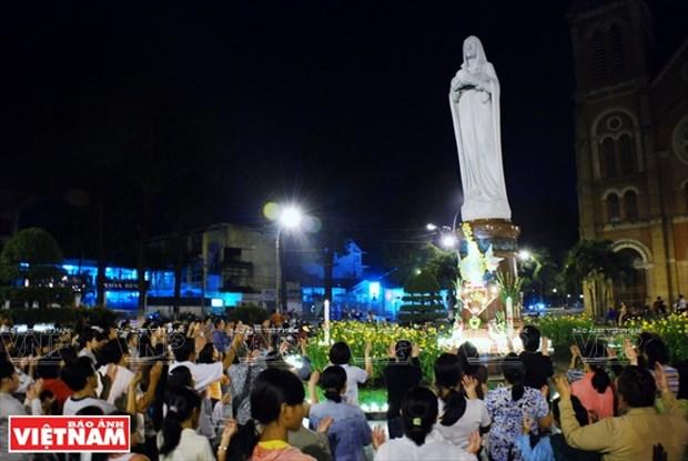 西贡圣母大教堂 hinh anh 3