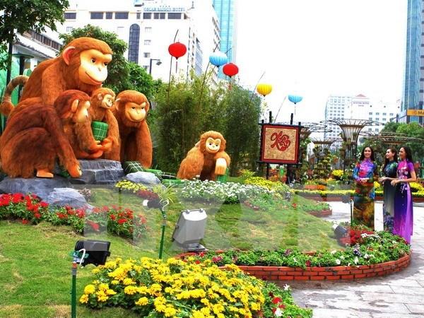 国家主席张晋创出席胡志明市阮惠春节花街开幕式 hinh anh 1