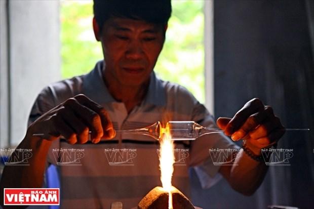 河内市常信县的玻璃吹制业 hinh anh 4