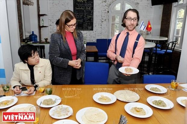 以色列小伙子Shahar Lubin情系越南美食 hinh anh 3