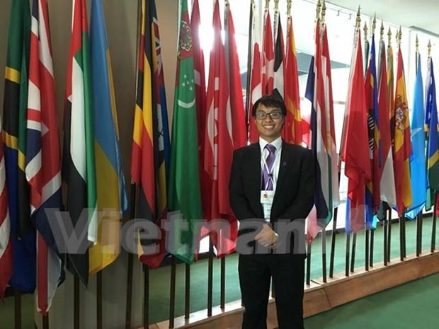 越南留学生在美国举行的全球青年论坛上发表演讲 hinh anh 1